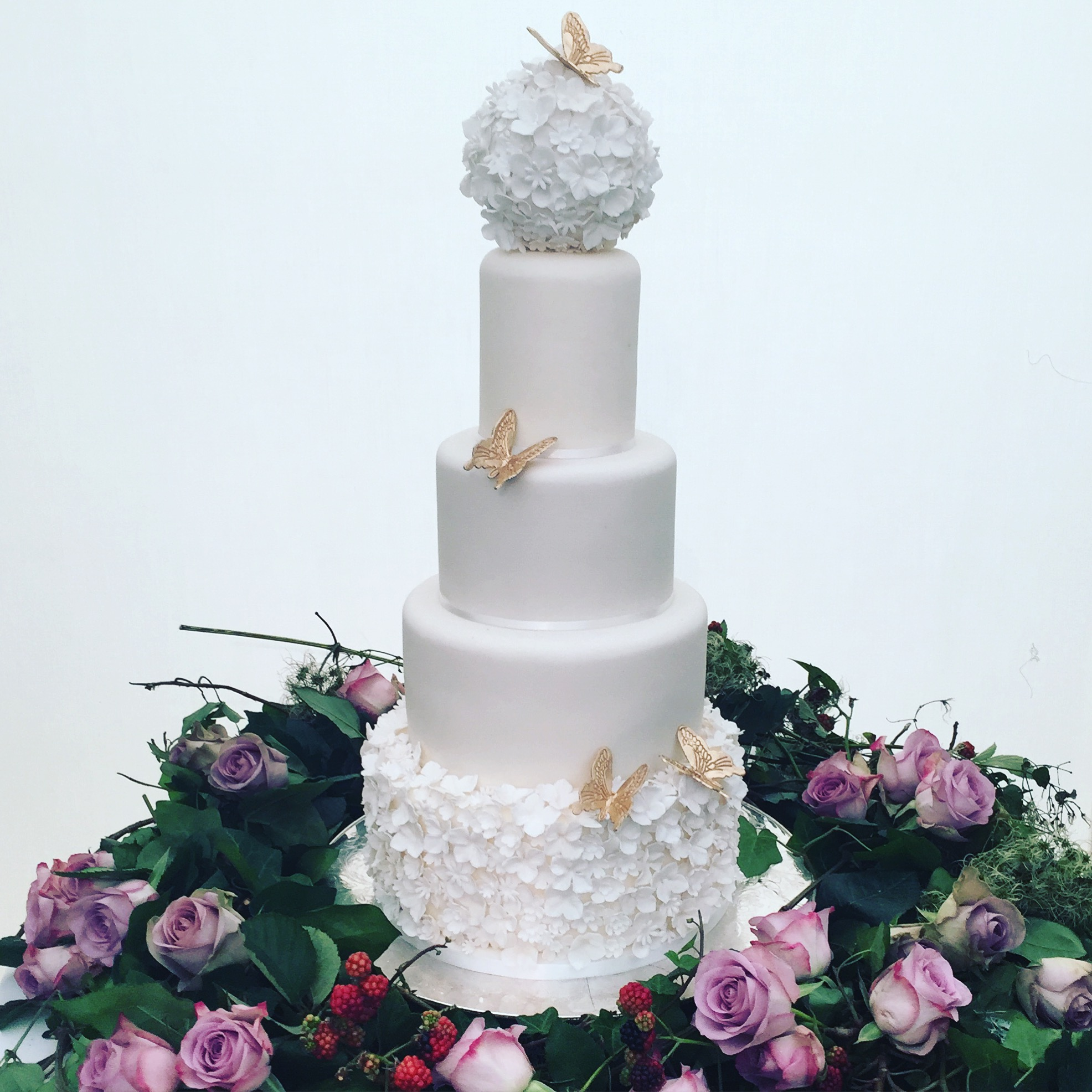 Domino Purchas | Wedding Cakes | Bridebook