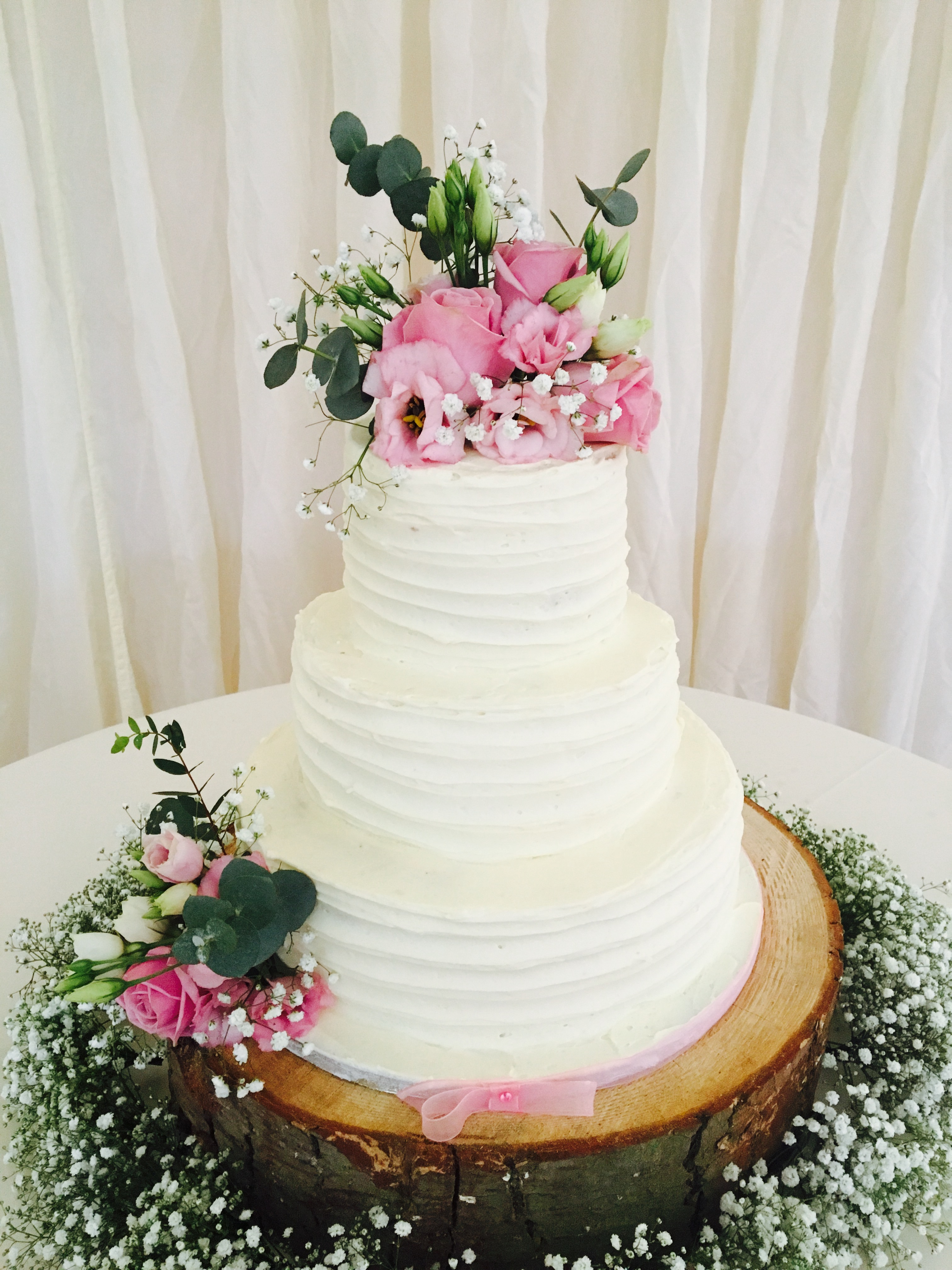Mrs Smudgers Kitchen | Wedding Cakes | Bridebook