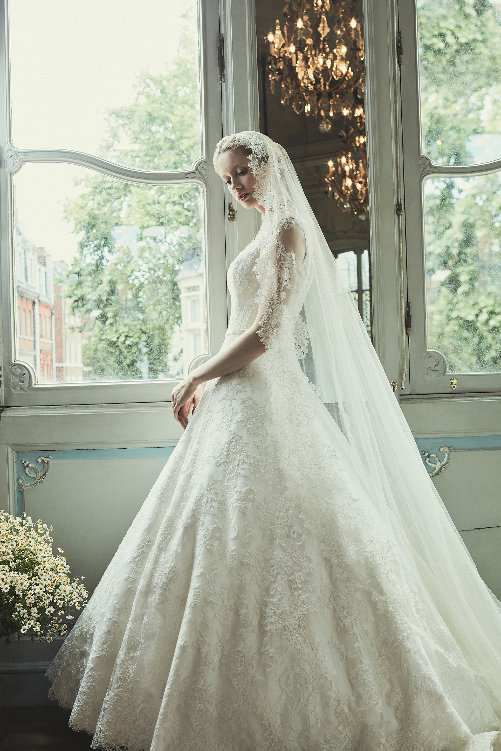 Phillipa Lepley | Wedding Dress and Accessories | Bridebook